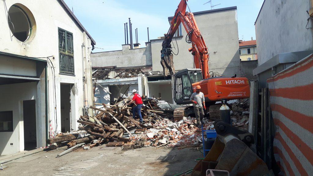 demolizione capannoni per costruzione nuovo eco-edificio Milano